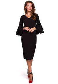 MAKEOVER - Wizytowo-Koktajlowa Sukienka w Czarnym Kolorze. Kolor: czarny. Materiał: poliester, elastan. Styl: wizytowy