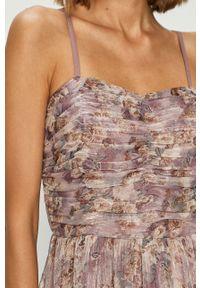 Fioletowa sukienka Vila na ramiączkach, midi, w kwiaty