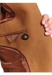 TOP SECRET - Klasyczny płaszcz dwurzędowy z wełnianej tkaniny. Materiał: tkanina, wełna. Sezon: zima. Styl: klasyczny #3