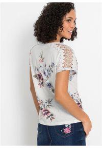Shirt z nadrukiem i koronką bonprix biel wełny w kwiaty. Kolor: biały. Materiał: wełna, koronka. Wzór: kwiaty, nadruk, koronka