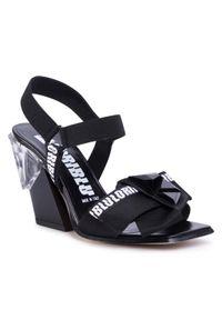 Czarne sandały Loriblu z aplikacjami