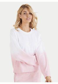 Cukierkowa bawełniana bluza z długimi rękawami Juvia. Kolor: różowy. Materiał: bawełna. Długość rękawa: długi rękaw. Długość: długie. Wzór: gradientowy