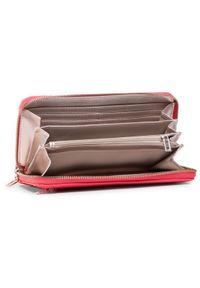 Różowy portfel Guess