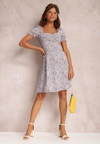 Renee - Ciemnofioletowa Sukienka Amaell. Kolor: fioletowy. Wzór: kwiaty, nadruk. Typ sukienki: dopasowane. Długość: mini