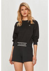Czarna bluza Calvin Klein Performance na co dzień, z długim rękawem, bez kaptura