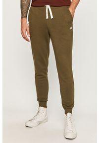 Oliwkowe spodnie dresowe PRODUKT by Jack & Jones