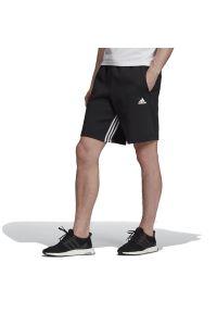 Spodenki sportowe Adidas z aplikacjami