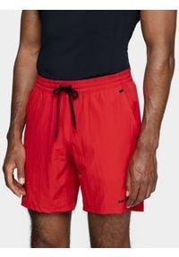 4f - Spodenki treningowe męskie. Kolor: czerwony. Materiał: włókno, dzianina
