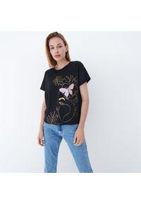 Mohito - T-shirt z błyszczącym nadrukiem - Czarny. Kolor: czarny. Wzór: nadruk