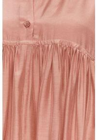 Różowa sukienka MAX&Co. ze stójką, z aplikacjami, mini