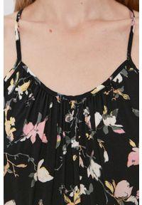 Vero Moda - Sukienka. Typ kołnierza: dekolt halter. Kolor: czarny. Materiał: tkanina, wiskoza, materiał. Typ sukienki: rozkloszowane