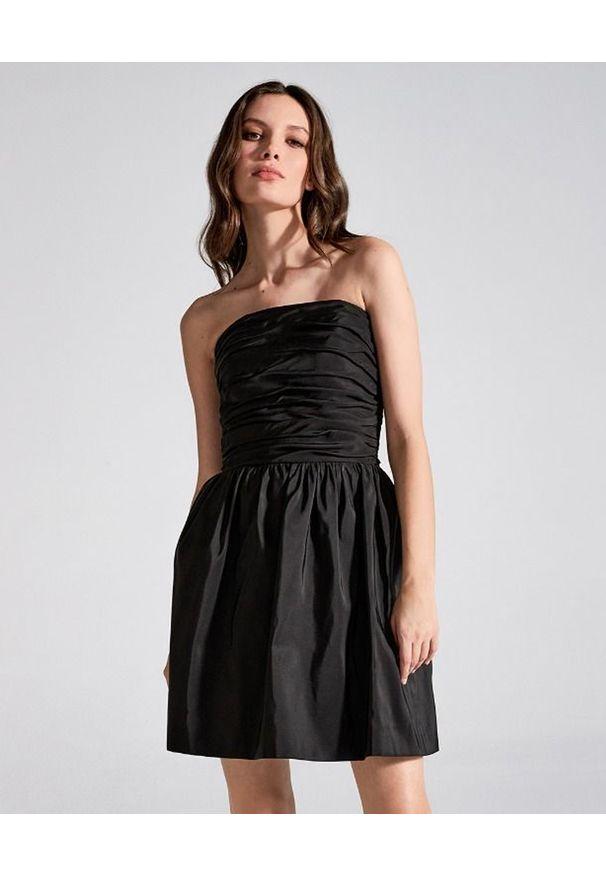 LA MANIA - Czarna sukienka bez ramiączek Taos. Kolor: czarny. Materiał: jedwab. Długość rękawa: bez ramiączek. Długość: mini