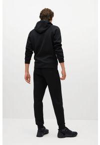 Czarna bluza rozpinana Mango Man z kapturem, casualowa, na co dzień