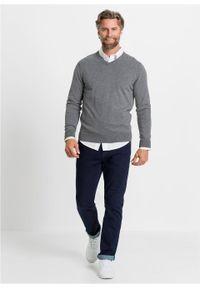 Sweter z dekoltem w serek bonprix szary melanż. Typ kołnierza: dekolt w serek. Kolor: szary. Materiał: dzianina. Wzór: melanż. Styl: klasyczny