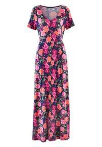 Długa sukienka shirtowa z krótkim rękawem bonprix niebieski w kwiaty. Kolor: niebieski. Materiał: wiskoza. Długość rękawa: krótki rękaw. Wzór: kwiaty. Długość: maxi