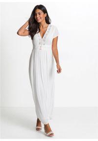Długa sukienka letnia z koronką bonprix biel wełny. Kolor: biały. Materiał: koronka, wełna. Wzór: koronka. Sezon: lato. Długość: maxi