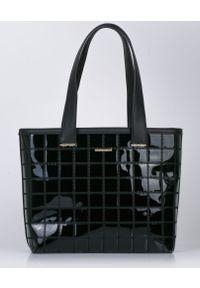 Czarna torebka Monnari klasyczna, duża
