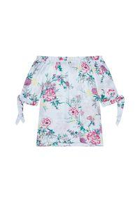 MOODO - Bluzka koszulowa w kwiaty. Typ kołnierza: bez kołnierzyka. Materiał: poliester. Wzór: kwiaty