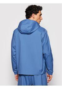 Adidas - adidas Wiatrówka adicolor 3D Trefoil GN3552 Niebieski Regular Fit. Kolor: niebieski