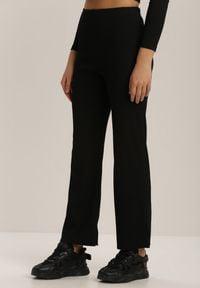 Renee - Czarne Spodnie Szerokie Salanome. Kolor: czarny