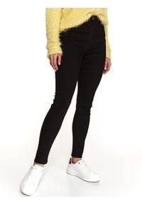 TOP SECRET - Jeansowe spodnie skinny. Stan: podwyższony. Kolor: czarny. Materiał: jeans. Sezon: wiosna. Styl: sportowy