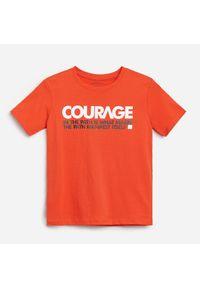 T-shirt Reserved z napisami #1