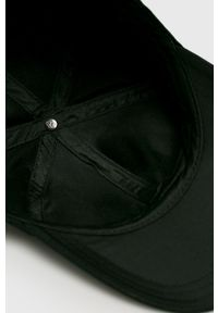 Czarna czapka z daszkiem Jack Wolfskin