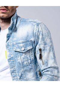 Niebieska kurtka z aplikacjami, na lato