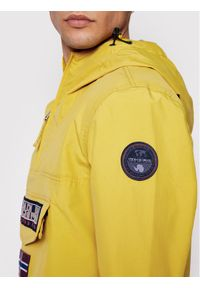 Napapijri Kurtka anorak Rainforest NP0A4FDN Żółty Regular Fit. Kolor: żółty
