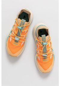 Pomarańczowe buty trekkingowe adidas Performance z cholewką, na sznurówki, z okrągłym noskiem