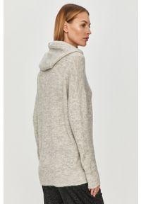Szary sweter Jacqueline de Yong casualowy, z kapturem, długi, z długim rękawem