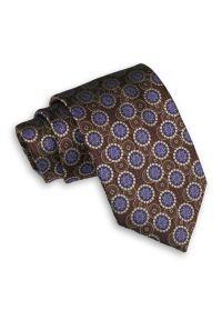 Brązowy Męski Krawat -Chattier- 8cm, Klasyczny, Szeroki, Elegancki, w Niebieski Wzór Geometryczny. Kolor: niebieski, beżowy, brązowy, wielokolorowy. Materiał: tkanina. Wzór: geometria. Styl: klasyczny, elegancki
