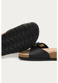 Czarne klapki Pepe Jeans bez obcasa