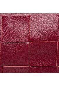 Creole - Torebka CREOLE - K10783 D34. Kolor: czerwony. Wzór: aplikacja. Materiał: skórzane