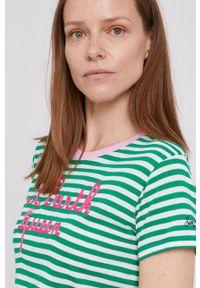 Mc2 Saint Barth - MC2 Saint Barth - T-shirt. Okazja: na co dzień. Kolor: zielony. Materiał: dzianina. Wzór: aplikacja. Styl: casual