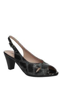 Czarne sandały Pitillos na co dzień, w kolorowe wzory