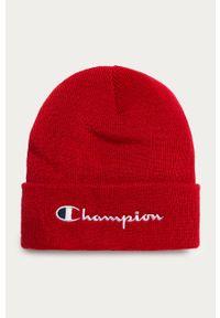 Czerwona czapka Champion z aplikacjami