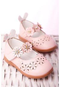 Casu - różowe baleriny ażurowe na rzep z kwiatkami casu 508-8b. Zapięcie: rzepy. Kolor: różowy. Wzór: kwiaty, ażurowy