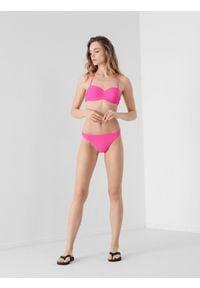 4f - Kostium kąpielowy damski (dół). Kolor: różowy. Materiał: dzianina, materiał