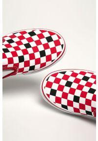 Czerwone tenisówki Vans z cholewką, z okrągłym noskiem