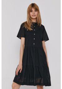 TOMMY HILFIGER - Tommy Hilfiger - Sukienka. Kolor: czarny. Materiał: tkanina. Długość rękawa: krótki rękaw. Wzór: gładki. Typ sukienki: rozkloszowane