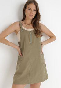 Born2be - Ciemnozielona Sukienka Thyrly. Kolor: zielony. Materiał: bawełna. Długość rękawa: na ramiączkach. Typ sukienki: sportowe. Styl: sportowy. Długość: mini