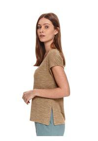 TOP SECRET - T-shirt pudełkowy z rozcięciami. Okazja: na co dzień. Kolor: zielony. Materiał: dzianina. Długość rękawa: krótki rękaw. Długość: krótkie. Sezon: lato. Styl: wakacyjny, casual