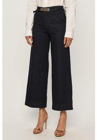 Niebieskie jeansy bootcut Pinko