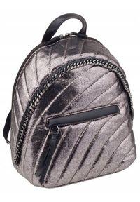 DAVID JONES - Pikowany plecaczek srebrny David Jones 5834-3 D.SILVER. Kolor: srebrny. Materiał: skóra ekologiczna. Wzór: aplikacja