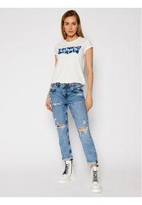 Levi's® T-Shirt 17369 Biały Regular Fit. Kolor: biały