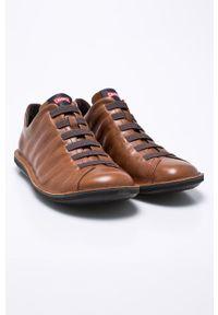 Brązowe sneakersy Camper z okrągłym noskiem, na sznurówki, z cholewką