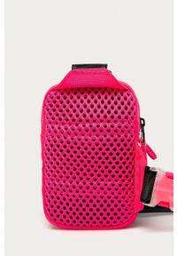 Nike Sportswear - Nerka. Kolor: różowy