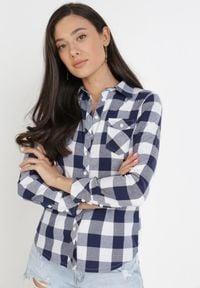 Born2be - Granatowo-Biała Koszula Siniaphe. Kolor: niebieski. Materiał: tkanina, jeans. Długość: długie. Wzór: aplikacja