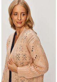 Różowy sweter rozpinany Brave Soul